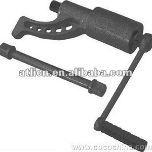 Practical popular grip wrench