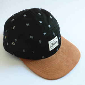 custom 5 Panel Hats Adjustable suede Bill Caps with leather patch