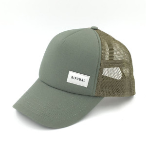 wholesale olive green  five panels mesh trucker with custom  woven logo made in china