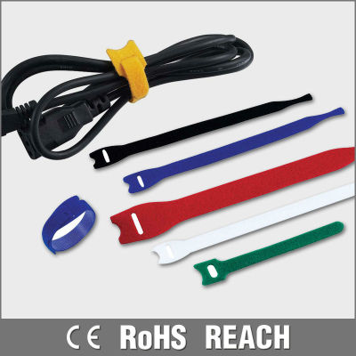 Strongly endurable self-locking magic cable ties