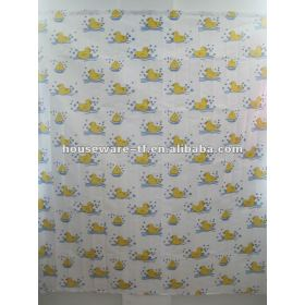 duck design polyester shower curtain with decorative resin hooks