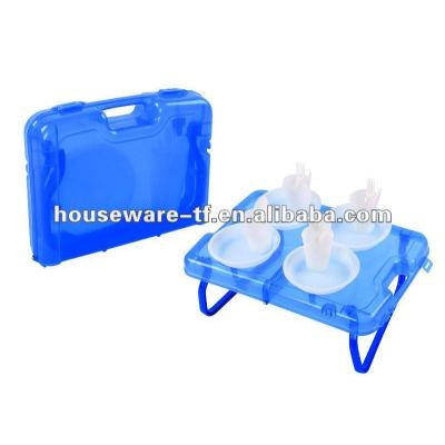 1 full set of 17pcs plastic picnic plate set with table made of pp