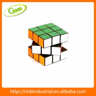 2014 Promotion educational toy plastic puzzle cube