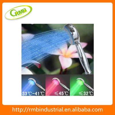 xmas day 7 color led shower(RMB)
