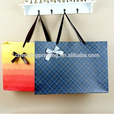 hot sale UV handles marchandise paper bag with printing your logo