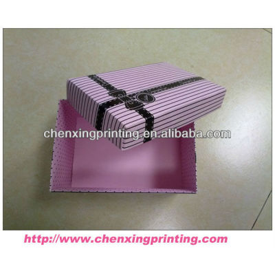 Hot selling friendly elegant gift box with ribbon design