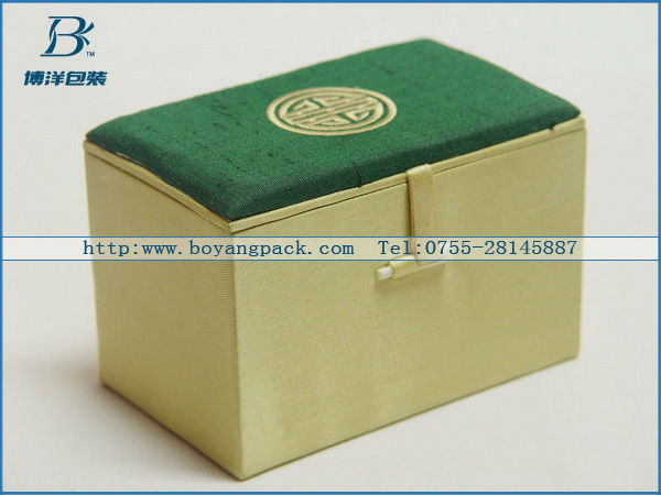 chinese traditional style silk box for gift
