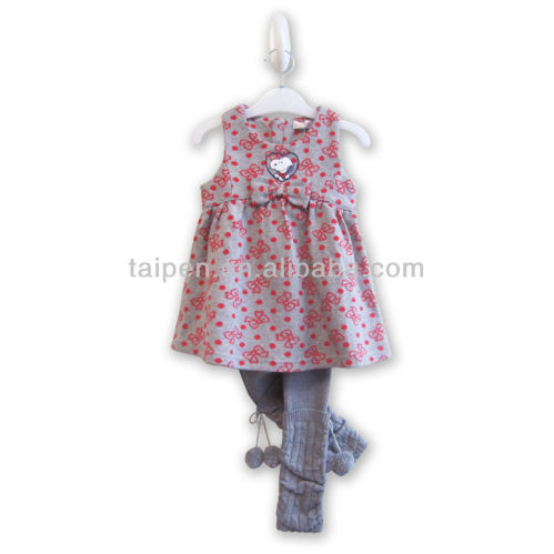 Latest fashion design soft fabric kids clothes set for for Fabric for kids clothes