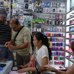 Yiwu and Guangzhou Sunglasses Products Market Visit