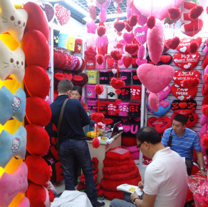 Yiwu and Guangzhou Furniture Items Market Visit