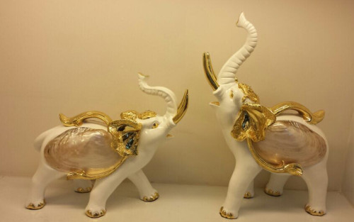 ZS-315 Hot Wholesale Two Color  Hight Quality Home Resin Decoration in Yiwu Market
