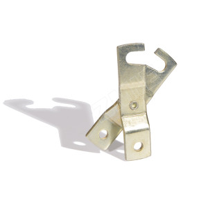 H hook for enclosed track chain