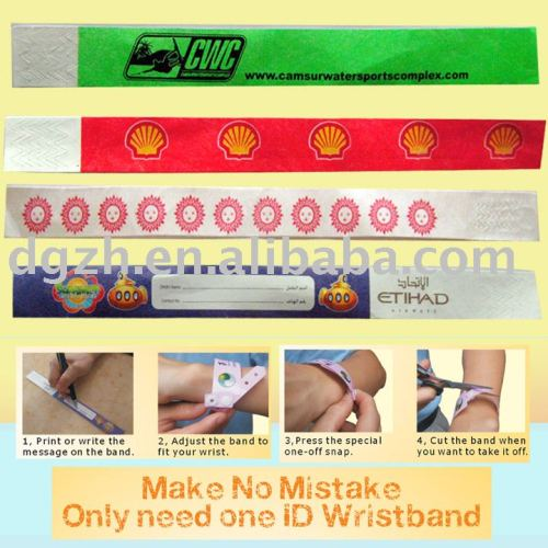 Einmaliger IdentifikationWristband, einer weg von den Armbändern
