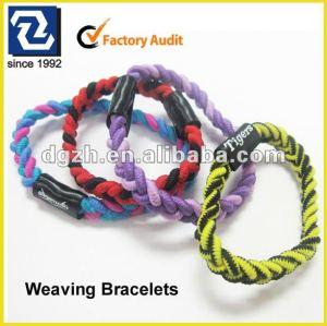 Arbeiten Sie preiswerte Armbänder, fördernde Geschenke für gestrickte Armbänder um
