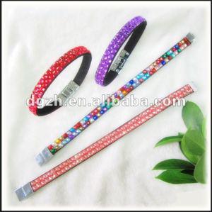Kristallarmbänder, Art und Weisearmband mit Kristall