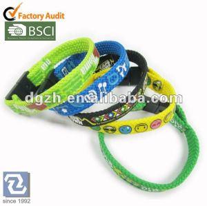Gewebe wrisbands, Druck-Polyester-Armbänder mit Sicherheit wölben sich