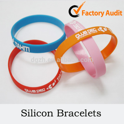 volksbrauch logo silizium armbänder