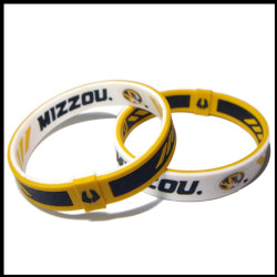 Promotional gift cool custom bracelets with embossed logo