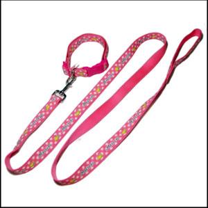 粉红可爱萌牢固安全带反光条狗狗牵引绳宠物带宠物脖圈