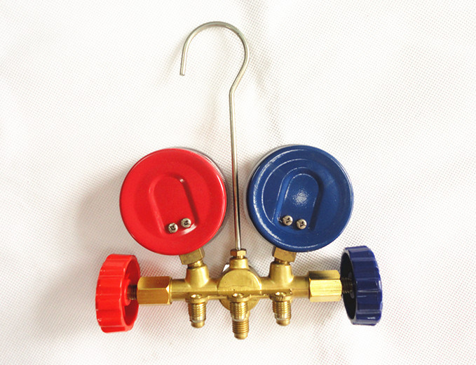 FRIEVER Air Conditioning System Manifold Gauge