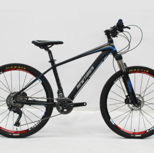 "26""CARBON FIBER FRAME MOUNTAIN BIKE SHIMANO DEORE XT 22S"