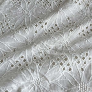 (Feb.2017)White Cotton Anglaise fabric