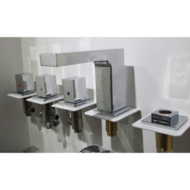 Hidromasaje grifo de la ducha bañera grifo mezclador de agua ajustar Spa accesorios