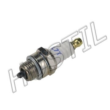 High quality gasoline Chainsaw 6200 spark plug