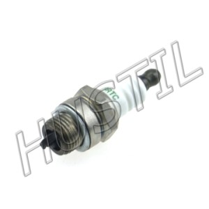 High quality gasoline Chainsaw  H137/142 spark plug