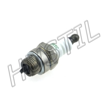 High quality gasoline Chainsaw  H137/142 spark plug