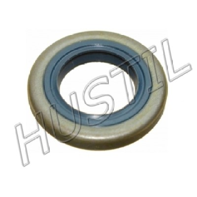 High quality gasoline Chainsaw H51/55 oil seal