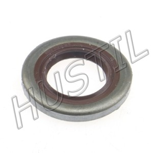 High quality gasoline Chainsaw  H365/372 big oil seal