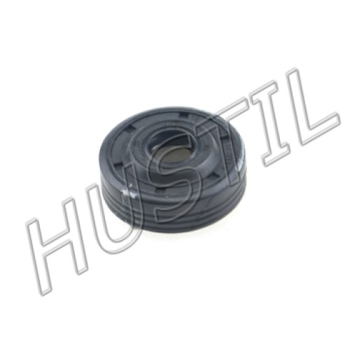 High quality gasoline Chainsaw  H137/142 oil seal