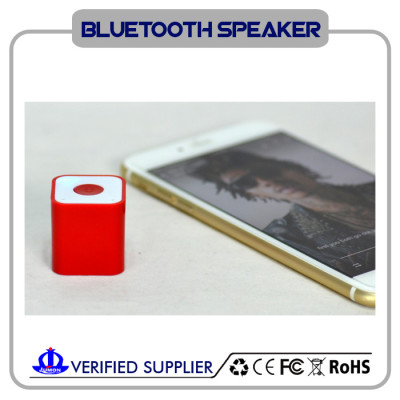 portable bluetooth speaker with self-timer function