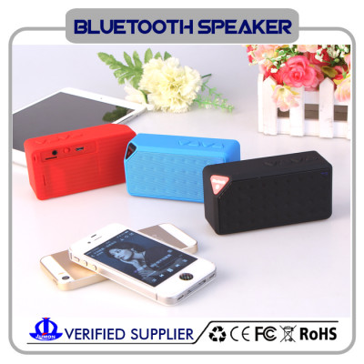 Best LED Flashing Wireless  Bluetooth Speaker Mini Small Cube With Built in Mic Lithium Polymer Battery
