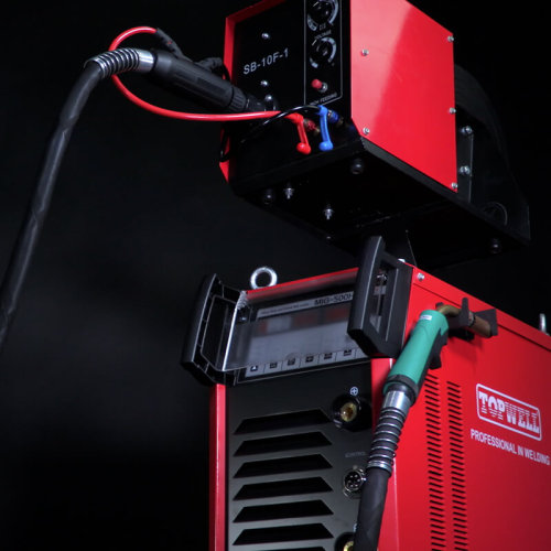 脉冲3相380V重型工业直流MIG-500HD,带4个滚轮