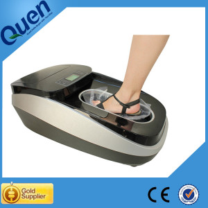 Automatic disposable shoe cover dispenser