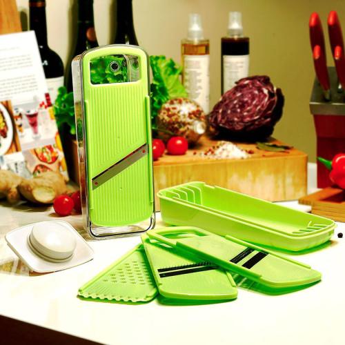 Lekoch Green julienne cutter set with hand holder