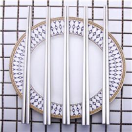 Essstäbchen des Edelstahls 5pair 304 stellten koreanische Haushalts-Metallquadratessstäbchen ein Lebensmittelgradspitzen-chinesisches Geschirr Besteck