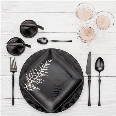 4pcs Azure Dragon Black Cutlery Set