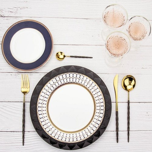 4pcs Joint Gold With Black Cutlery Set