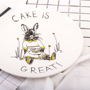 Lekoch 8inch Rabbit Animals Ceramic Cake Plate Dinner Plate Ceramic Dinnerware Fruit Tray