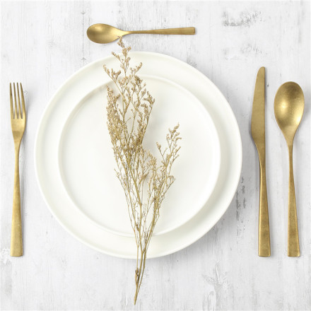 How to do a proper table setting