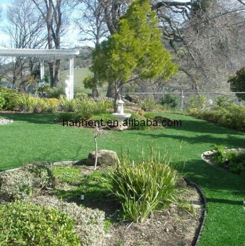 Césped sintético para backyards y frente yardas