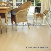Sala de estar de acabamento de madeira vinil