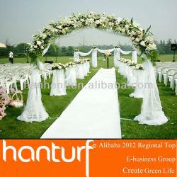 De mariage en plein air faux gazon en accueil jardin
