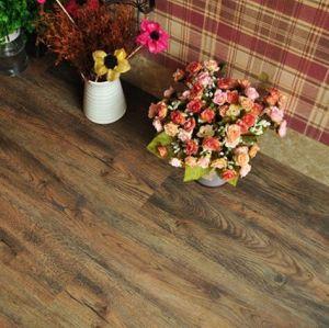 Larga vida útil descalzo ambiente suelo de PVC tablón