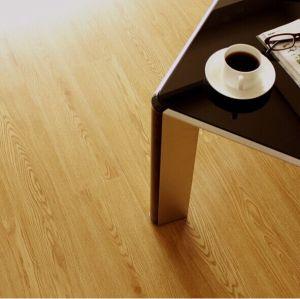 Ahorro de bosque recursos suelo de PVC tablón
