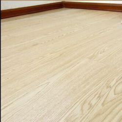 Inoffensif faible bruit et No Cracking revêtements de sol PVC planche