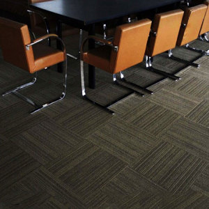 Hanflor 18''*18'' 2.0mm Matt Embossed Durable Moisture Resistance Anti-Scratch PVC Carpet Tile